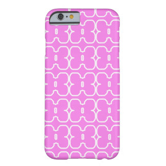 Pink Case with Retro Style White Flowers