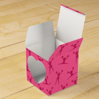 Pink cheerleading pattern party favour box