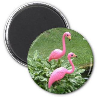 PINK FLAMINGOS magnet (round)