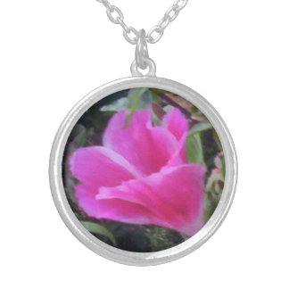 pink flower bud round pendant necklace
