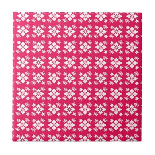 Pink flower pattern tile