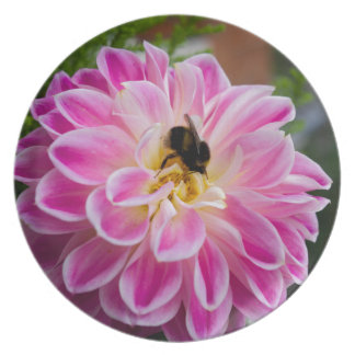 Pink flower with bumblebee plates