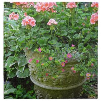 Pink geranium flower planter napkin