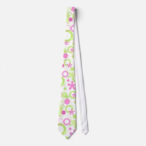 Pink green pattern tie