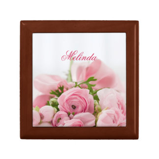 Pink roses small square gift box