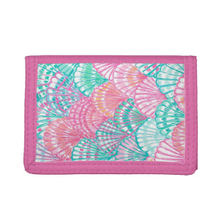 Pink shells nylon wallet