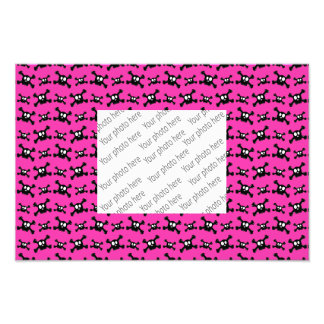 Pink skulls pattern photo