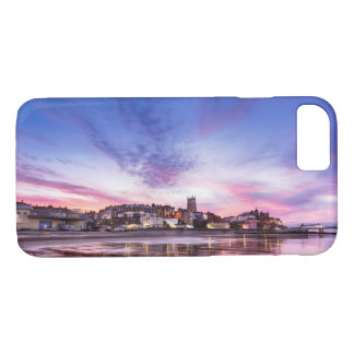 Pink sunset reflections over Cromer town at dusk iPhone 8/7 Case