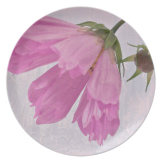 Pink Textured Cosmo Flower Plate