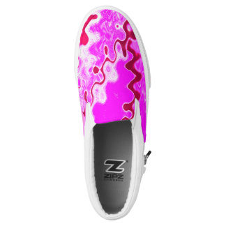 Pink wave pattern printed shoes