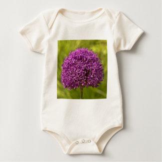 Pinkfarbener ALIUM Baby Bodysuit