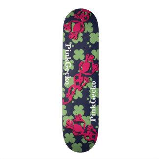 PinkGecko Skateboard
