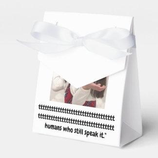 Pint Size Joker: Irish Setter Speaks Favour Box