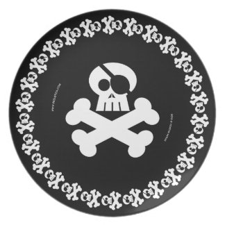 Pirate Skull B/W - Skeletica's Character Series Party Plate