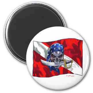 piratediveflag copy 6 cm round magnet