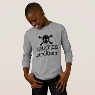"""""""Pirates Of The Internet"""" T-Shirt"""