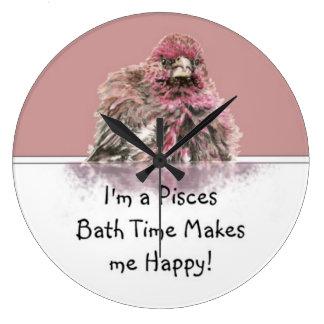 Pisces Bath Time Makes me Happy, Cute Bathing Bird Wall Clocks