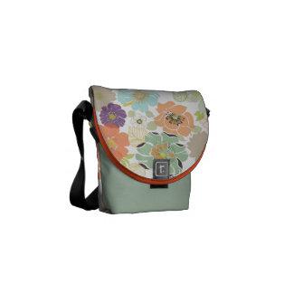 PixDezines alegre retro floral/diy background Messenger Bag