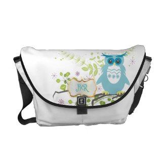 PixDezines diy background color/blue owl Commuter Bag