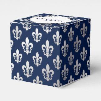 PixDezines fleur de lis silver Favour Box