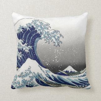 PixDezines Vintage, Great Wave, Hokusai 葛飾北斎の神奈川沖浪 Cushion