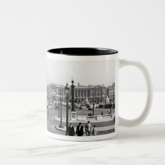 Place de la Concorde, designed in 1757 Coffee Mugs