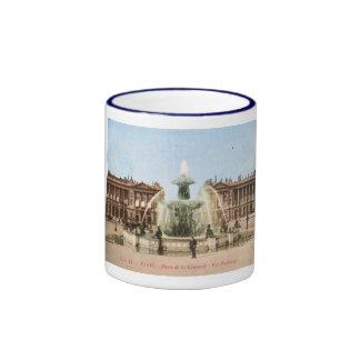 Place de la Concorde, Paris, France Vintage Ringer Mug