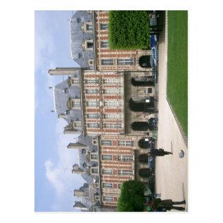 Place des Voges in Paris, here: Pavillon de Reine  Postcard