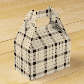 Plaid /tartan pattern brown and Black Favour Box