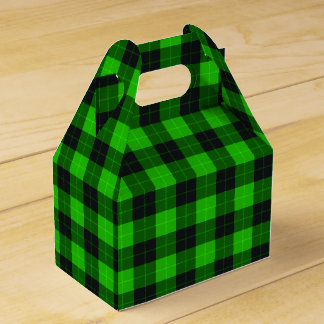 Plaid /tartan pattern green and Black Favour Box