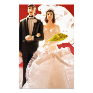 Plastic Bride And Groom Wedding Cake Stationery Paper