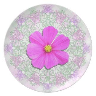 Plate - Dark Pink Cosmos on Lace & Lattice