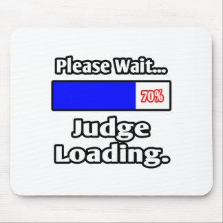 Please Wait...Judge Loading Mouse Pad