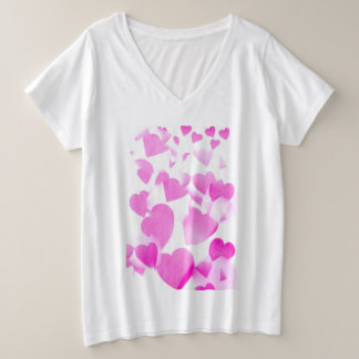 Plus Size T shirt with blended pink hearts