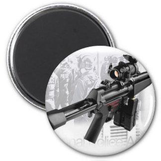 Police Gun 6 Cm Round Magnet