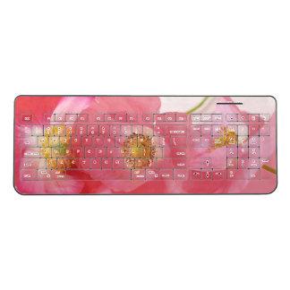 Poppies in a row wireless keyboard