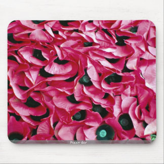 Poppy day mouse pads