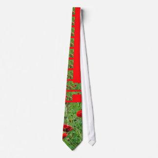 Poppy flowers tie
