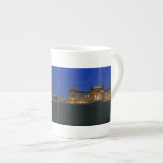 Porcelain cup Berlin Reichstag in the evening