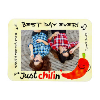 Positive Chili Pepper Pun - Just Chilin Magnet