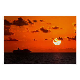 Poster - Cruise Ship at Sunrise - Cancun, Mexico