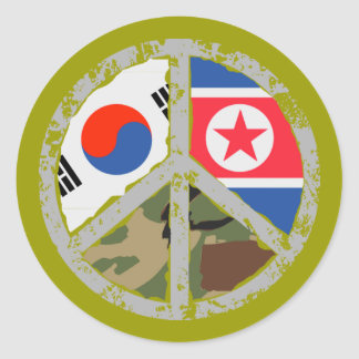 Pray for peace in Korea Classic Round Sticker
