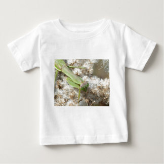 praying mantis baby T-Shirt
