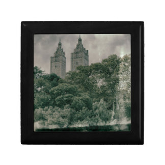 Pre-war architecture small square gift box