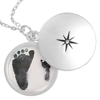 Premature and Full Term Birth Locket