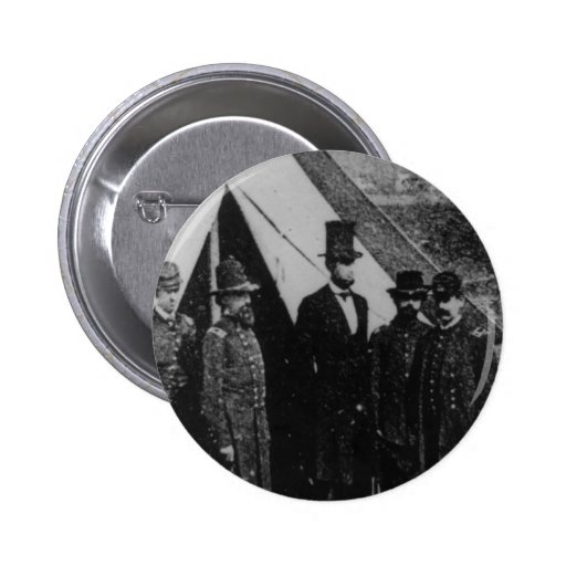 President Abraham Lincoln Visiting Antietam 1862 Pin