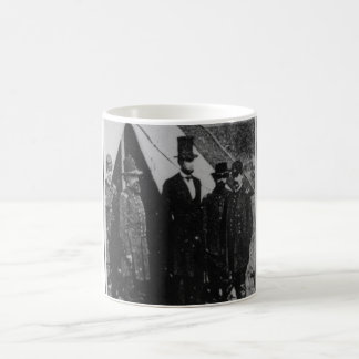 President Abraham Lincoln Visiting Antietam 1862 Coffee Mug