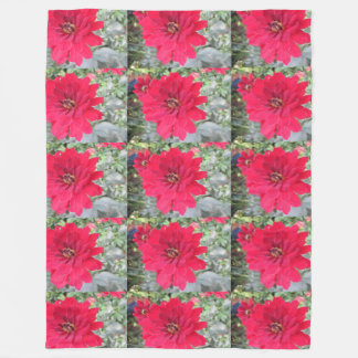 Pretty Dahlia Flower Fleece Blanket