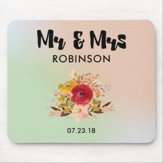 Pretty Floral Watercolor Bouquet Wedding Mr & Mrs Mouse Pad