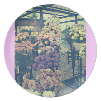 Pretty flowers purple and pink plate